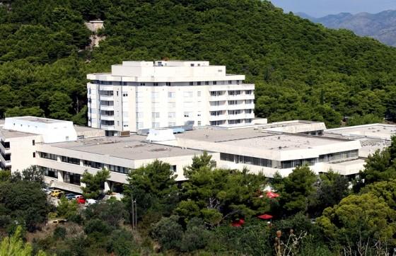 Grad − BOLNICA NA SUDU Liječnici koji pomažu funkcioniranju dubrovačke bolnice prijavljeni zbog nepravilnosti