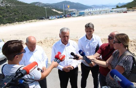 Županija − OBILAZAK PELJEŠKOG MOSTA Dobroslavić: Postupci žalbe oko pristupnih cesta su otišli predaleko, ne može se tako 'igrati' s državom